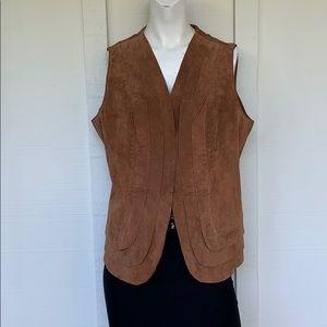 ❗️LAST CHANCE❗️VINTAGE- S/M leather boho vest